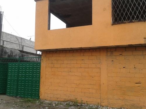 Casa en construcci n en santo domingo for Construccion de piscinas en ecuador