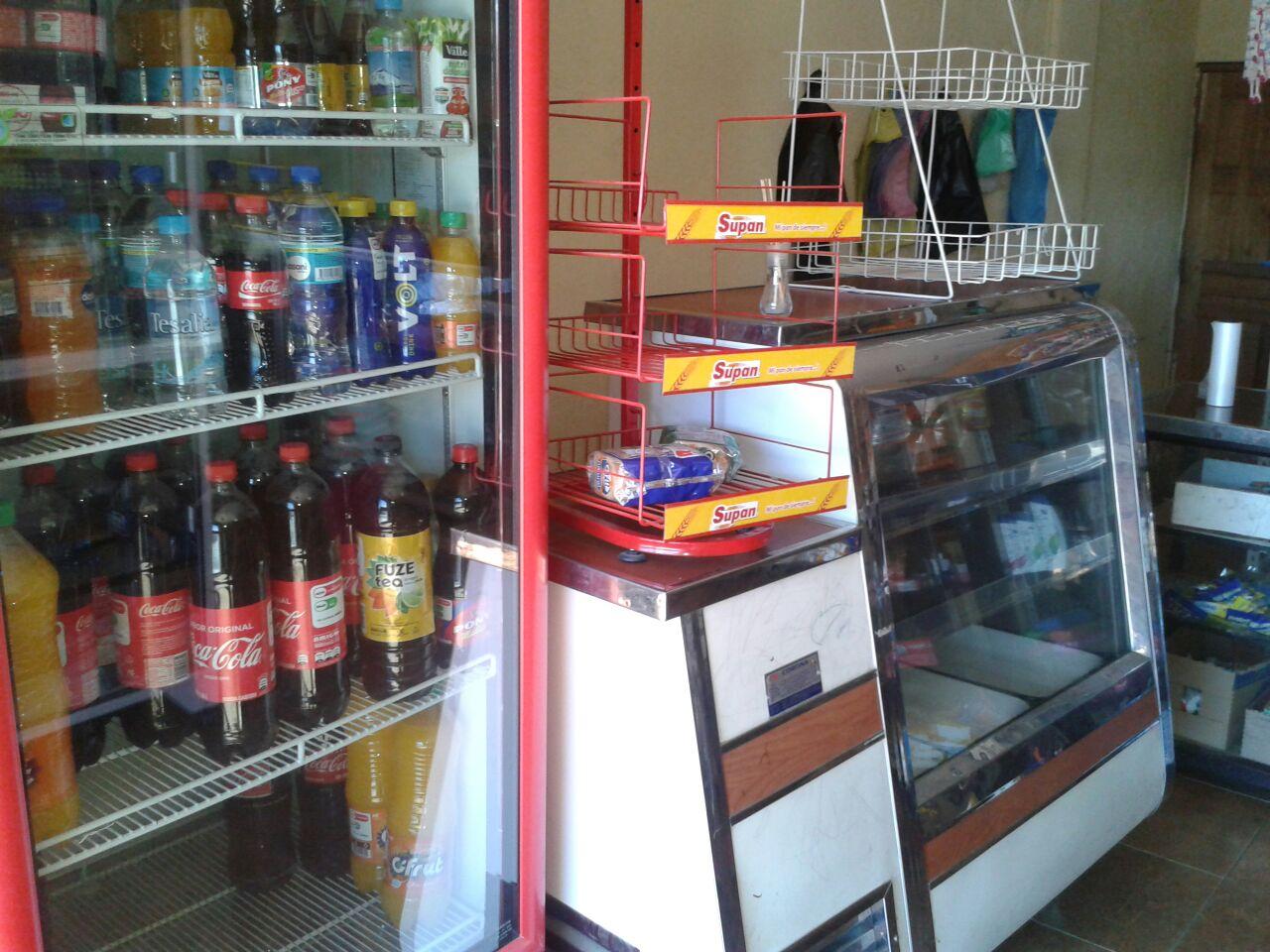 se vende tienda en Tumbaco