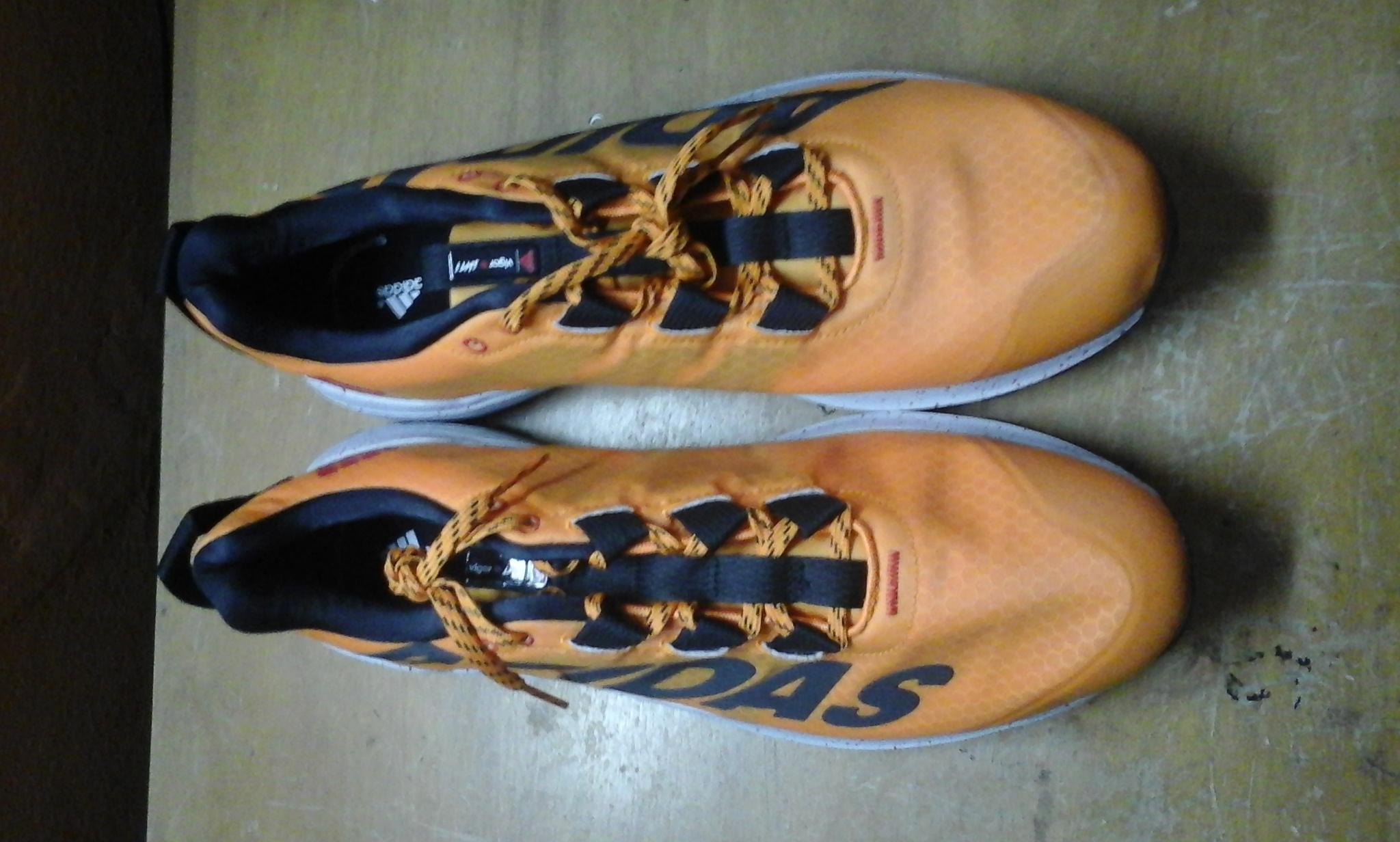 zapatos-adidas-ecuador