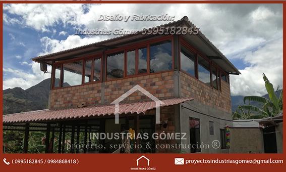 casas de madera y vidrio